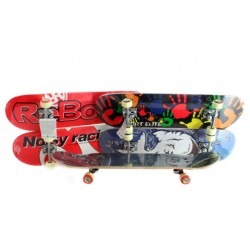 Skateboard dřevěný